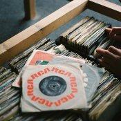 discografia, Dalla prossima estate, tutti i dischi usciranno di venerdì