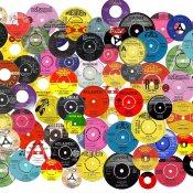 discografia, Pro e contro di firmare con una label