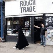 nuovo disco, Rough trade negozio