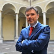 polemica, Enzo Mazza