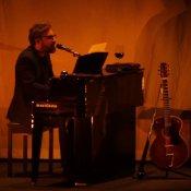 Perché Brunori a teatro non è solo un altro concerto di Brunori Sas