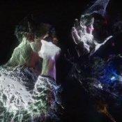 nuovo singolo, Un'immagine del video di Burn the Ground dei Mr Everett