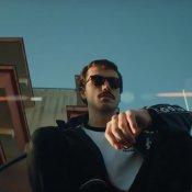 nuovo brano, Un'immagine del video di Frigobar di Franco126