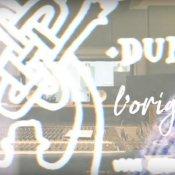 anteprima, Un'immagine del video di L'Originale dei Dunk con Riccardo Tesio