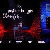 inediti, Martina Attili durante l'esibizione a X Factor con Cherofobia