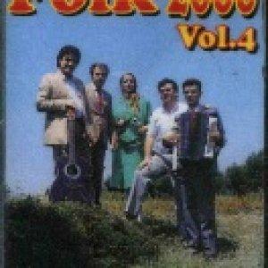 album Volume 4 - Gruppo Folk 2000