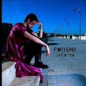 album Finti eroi - le CARTE