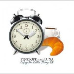 album Enjoy the little things - Penelope sulla Luna