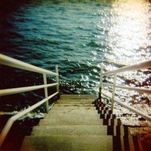album Goodbye Romantics - Time to React