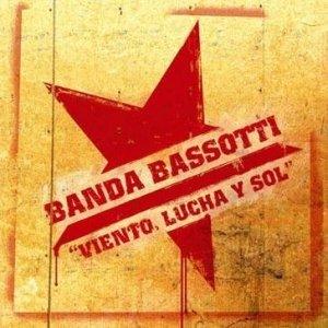 album Viento, lucha y sol - Banda Bassotti