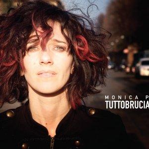 album TUTTOBRUCIA - MONICA P