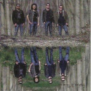 album Tramps & Thieves - Four Tramps