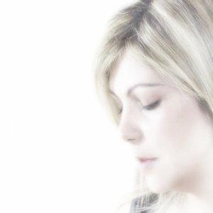 album Light on me - Antonella Spera