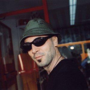 album Edo Avi - Edo Avi