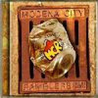 Copertina dell'album Fuori Campo, di Modena City Ramblers