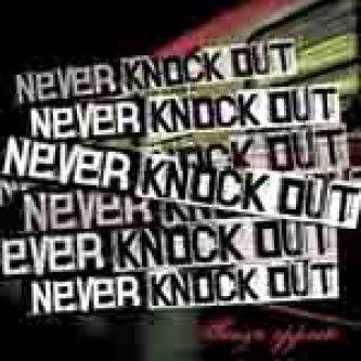 Copertina dell'album Senza Opposti, di Never Knock Out
