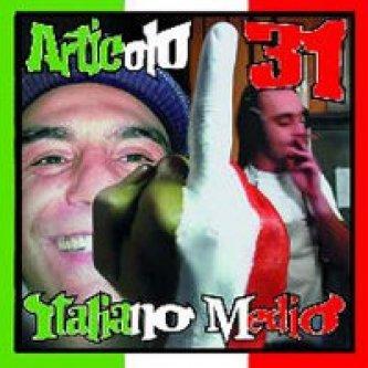 Copertina dell'album Italiano medio, di Articolo 31