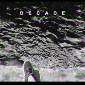 Copertina dell'album D E C A D E, di Nic Sarno