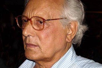 E' morto a Milano, all'età di 77 anni, Enzo Jannacci, monumento della canzone italiana