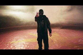 """Un'immagine dal nuovo video di Mezzosangue, """"Circus"""""""