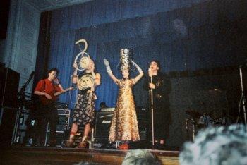 Uno scatto dal live di CCCP e Litfiba nel 1989 a Leningrado