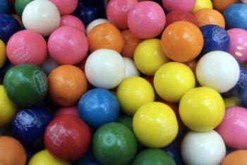 gomma da masticare chewing gum colorate