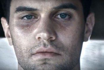 """Un'immagine del video di """"Lonely Moon"""" dei Clustersun"""