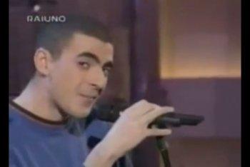 Caparezza a Sanremo 1997 (quando si faceva chiamare Mikimix)