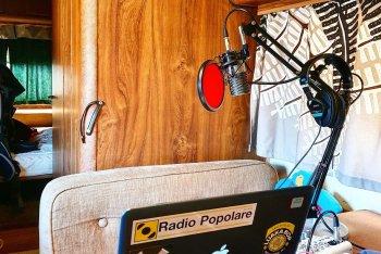 """Lo """"studio"""" montato da Jam Kesten sul suo camper"""