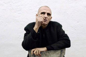 """Giovanni Lindo Ferretti in una foto promozionale del tour """"A cuor contento"""""""