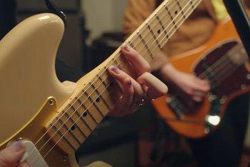 Fender ha raddoppiato le vendite nel 2020