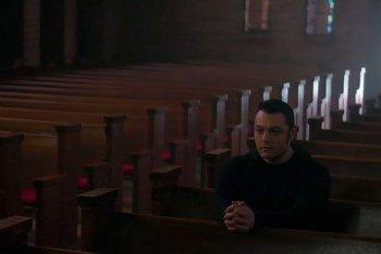 """Tiziano Ferro in uno still dal documentario """"Ferro"""""""