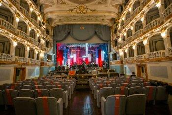 Il Teatro Lauro Rossi di Macerata