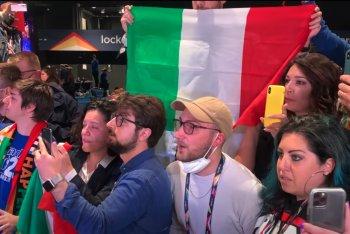 La delegazione italiana il momento prima che i Måneskin vincessero l'Eurovision