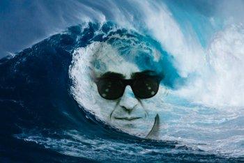 Battiato fra le onde dell'oceano