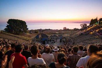 Indiegeno Fest, edizione 2020. Teatro Greco di Tindari (Patti - ME) - foto di Giuseppe Mollica