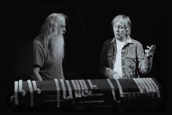Rick Rubin e Paul McCartney in una scena di McCartney 3,2,1