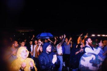 MI MANCHI, ANCORA sotto la pioggia - foto di Silvia Violante Rouge
