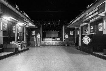 Il The Cage Theatre vuoto, foto di Valentina Cipriani