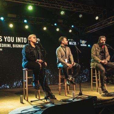 Da dx a sx: BigMama, Dario Falcini e Omar Pedrini al talk Tough As You (Into Deep) del TAY Fest di Dr.Martens e MI AMI