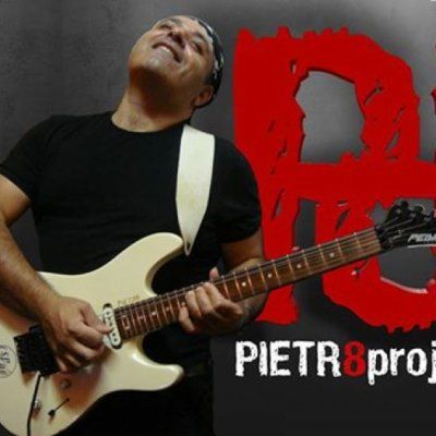 Biografia Pietr8project