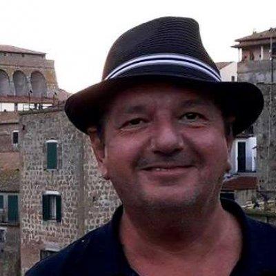 Vittorio Merlo Non sopporto i Berlusconi Testo Lyrics