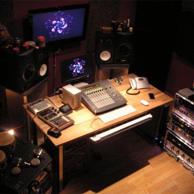 Lysergic Mixroom / Davide Perucchini