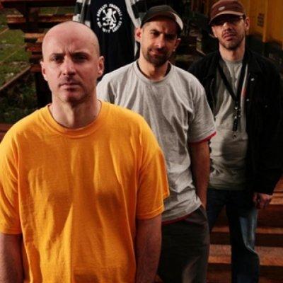 Assalti Frontali ZERO TOLLERANZA Testo Lyrics