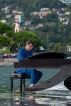 Alessandro Martire - The Floating Moving Concert 2021 sul Lago di Como - foto di Alessandro Farigu